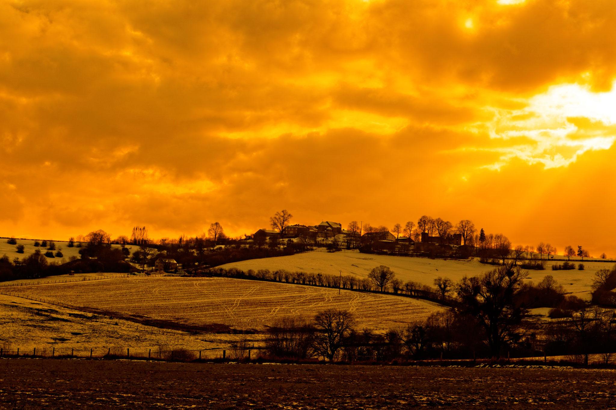Paysage neigeux et coucher de soleil par Stéphane Thirion étix photos