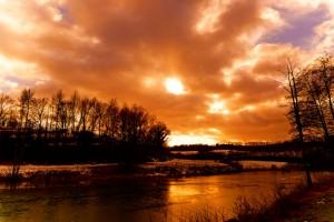 Lac et coucher de soleil par Stéphane Thirion